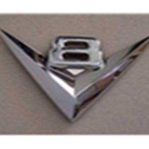 """53 Grille Emblem - """"V8""""-0"""